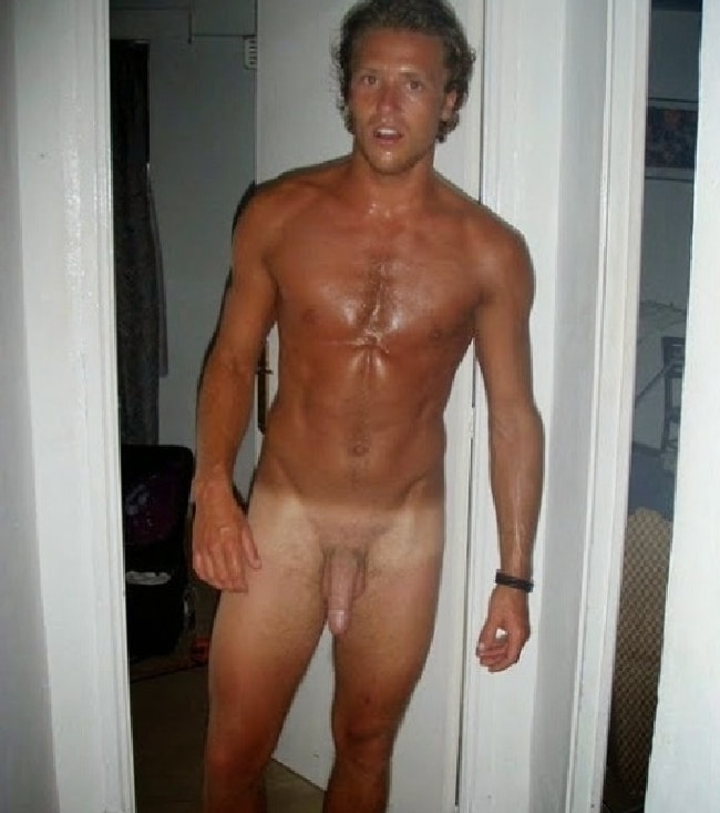 Tanned Nude Dude